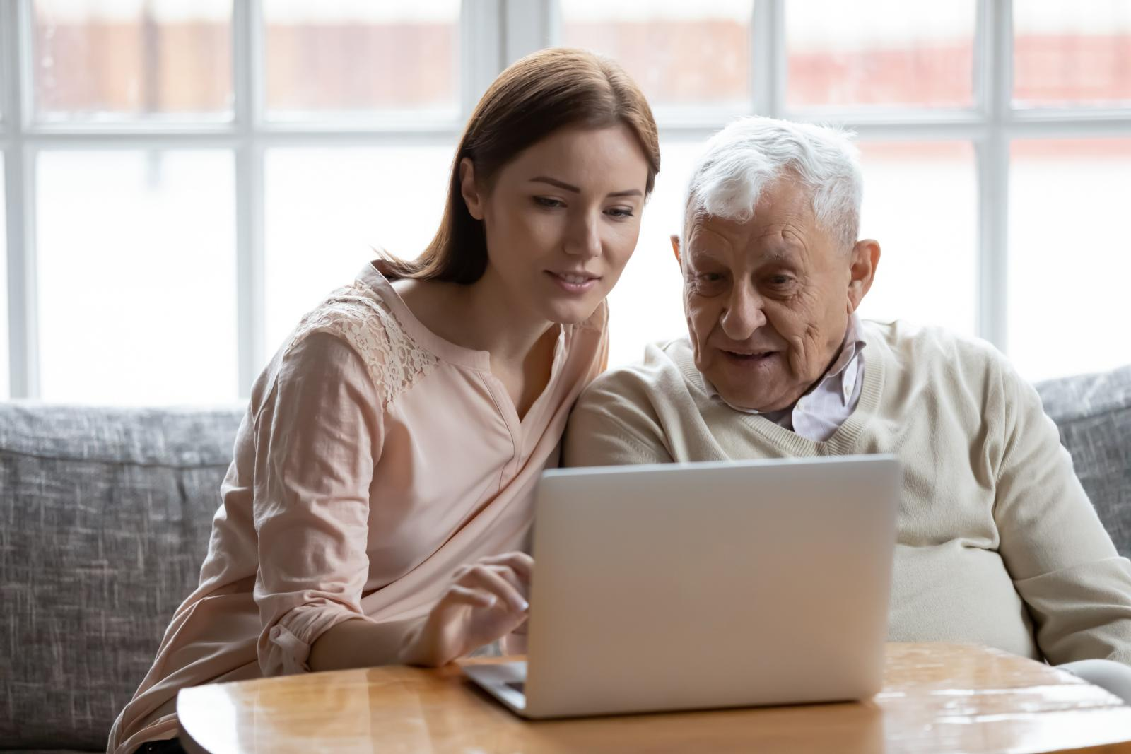 (How to) support digital engagement among older people at risk of isolation